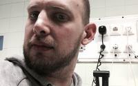 Derecskei Zoltán vagyok, újságíró, és agyműtét előtt állok…