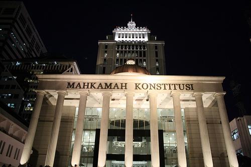 MK malam