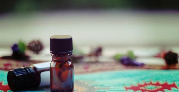 【予告】今の自分に必要な香りは?お試しミニアロマ占星術鑑定