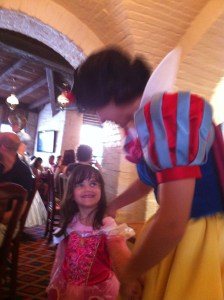 snow white, wdw, restaurant epcot