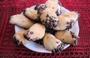 Crescent Christmas Cookies