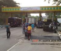 Gerbang Jalan Terminal Cargo Bandara Soekarno Hatta