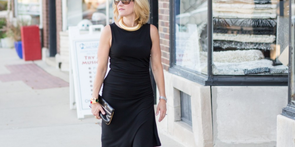 Styling an LBD with vintage jewelry from Sasha Maks Vintage