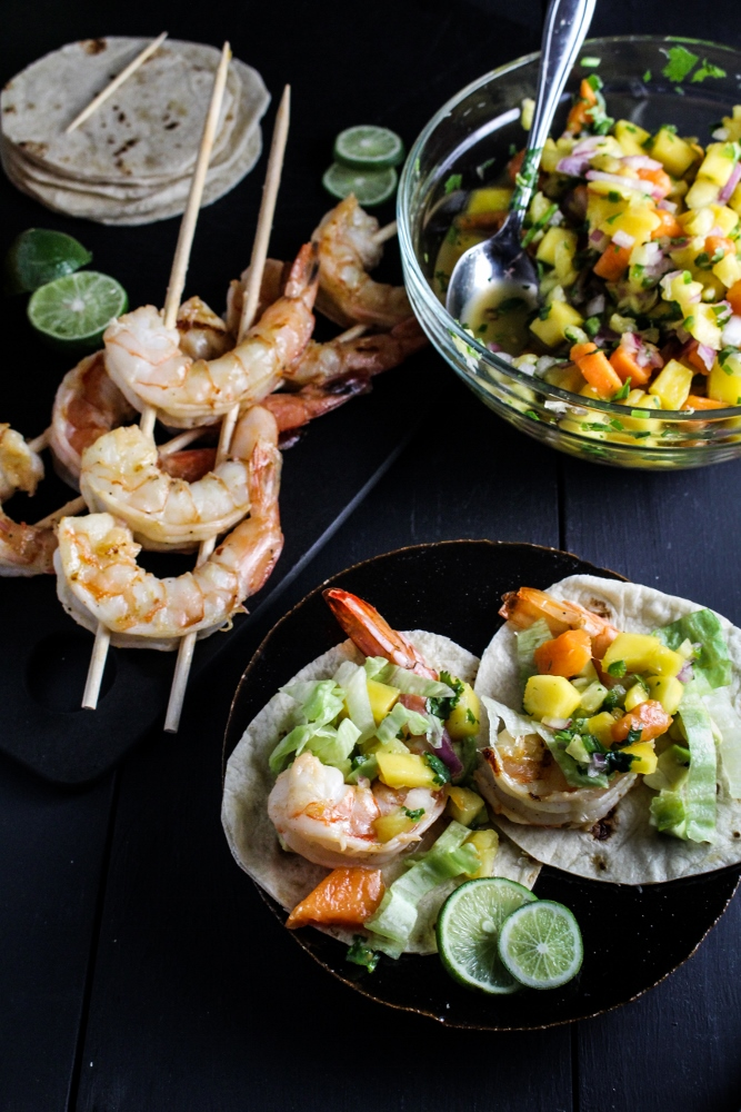 Mini Rum-Glazed Shrimp Tacos with Boozy Tropical Salsa {Katie at the Kitchen Door} #captainstable #superbowl