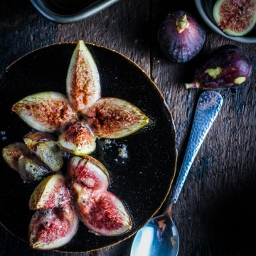 Cinnamon and Honey-Baked Figs with Sweet Ginger Slices {Katie at the Kitchen Door}