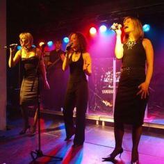 Švedska - Katrinas z bendom
