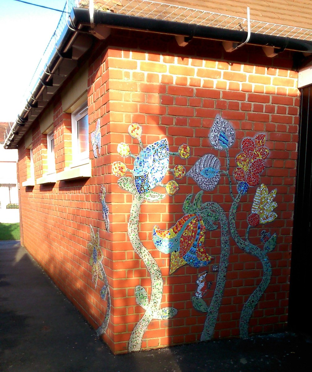 mosaics, mosaic, workshops, school workshops, whole school project, every child matters, flowers, joy, brightening up schools