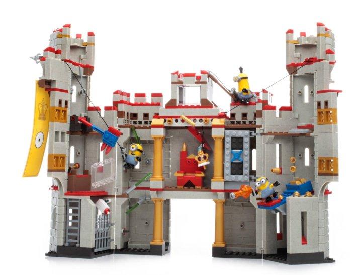 Castillo minions