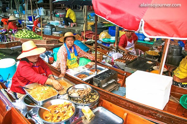 Damnoen Saduak Floating Market in Thailand.