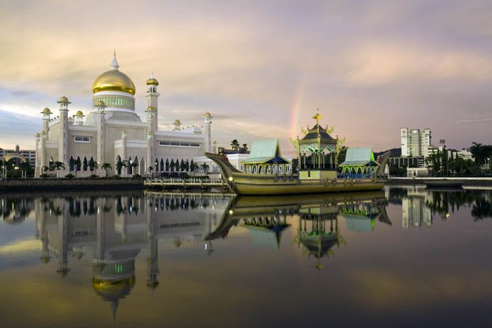 Things to do in Brunei SOAS Mosque