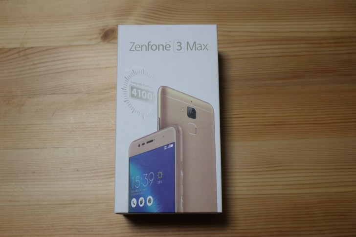 ZenFone 3 Max の外箱