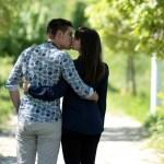 couple-1363960_960_720