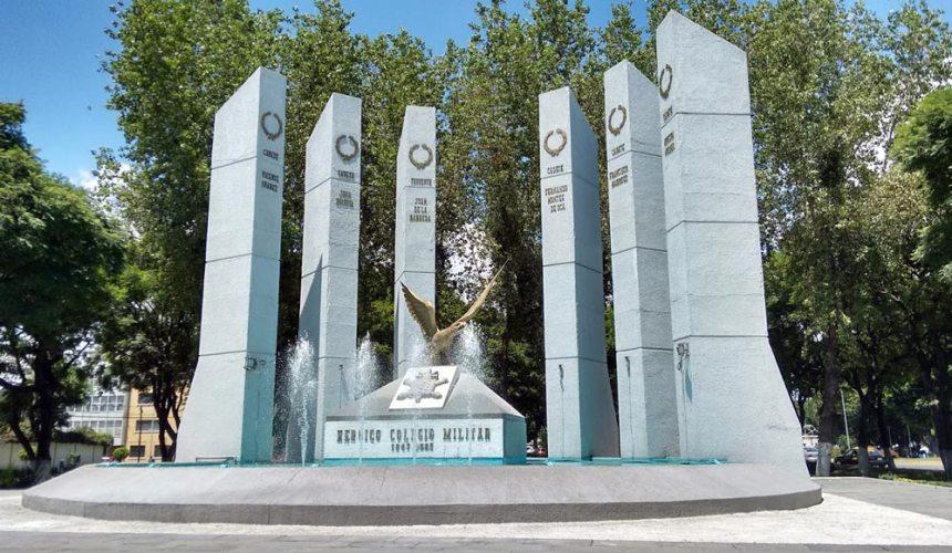 Fuente al Heróico Colegio Militar en Puebla, Puebla