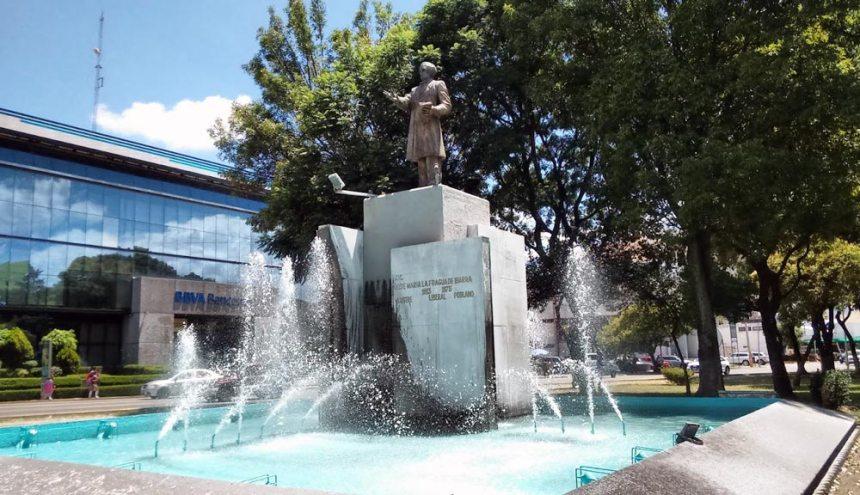 Monumento a José María Lafragua en Puebla, Puebla