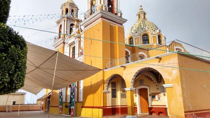 Iglesia de Nuestra Señora de los Remedios en San Pedro Cholula, Puebla