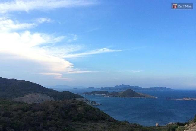 4 cung đường ven biển đẹp hoành tráng ở Việt Nam chỉ khiến bạn muốn đi hoài, đi mãi... - Ảnh 16.