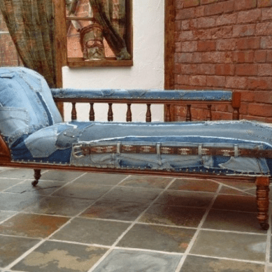 Chaise Denim and cowhide int