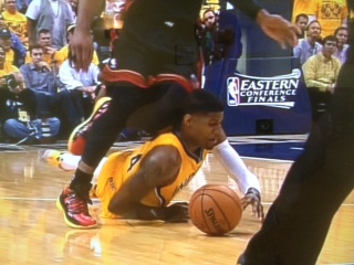 How is the possibility that this knee to Paul George's head was purposeful so difficult to fathom?