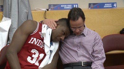 This embrace between Tom Crean and Thomas Bryant lasted five minutes, according to media to videotaped most of it.