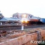 Permintaan Angkutan Peti Kemas dengan KA Tinggi, Relasi Waru-Jakarta jadi Sehari Sekali