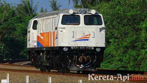 lokomotif-cc-206