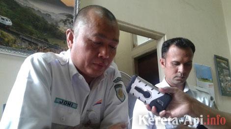 Joni Martinus, Manager Humas PT KAI Daop 2 Bandung - wartaekonomi.co.id