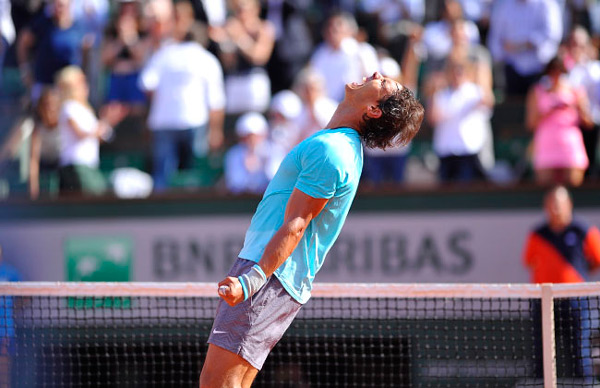 Rafa Nadal in five sets for his 9th French Open title. (© FFT)