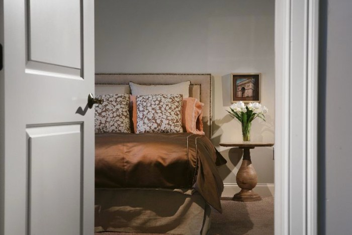 Grist Mill Commons Model Bedroom