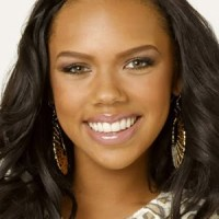 """Kiely Williams is """"Spectacular""""…or Maybe Not"""