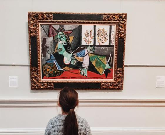 Why Running Around Art Galleries Might Help Your Kids To Learn