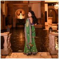 What is a Sari? When and where is it worn?