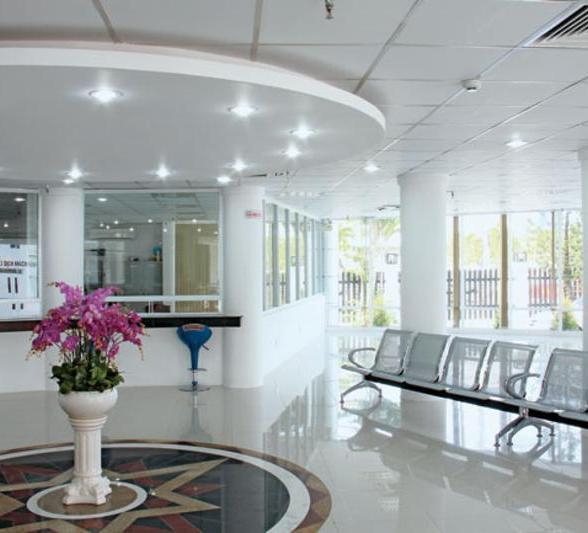 Tham quan trụ sở làm việc công ty Xổ số kiến thiết Vĩnh Long