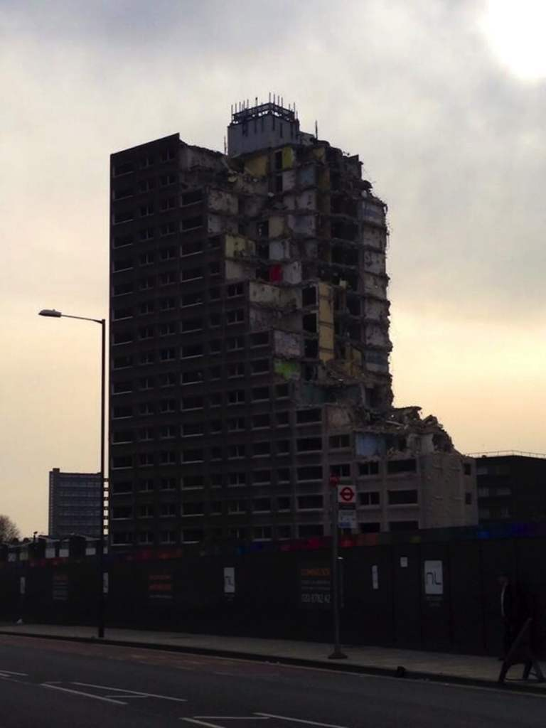 10 Reasons Why Kilburn Post-war Housing Blocks Need to Go.