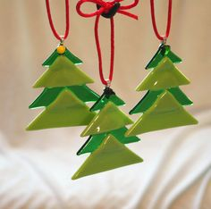 fused-glass-christmas-ornaments