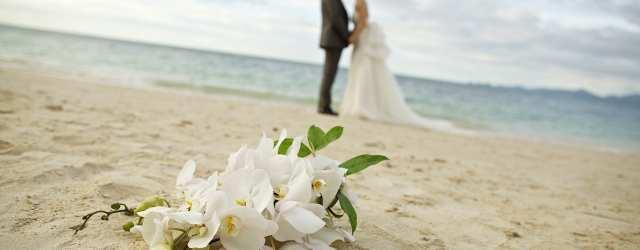 Thavorn_Wedding_Phuket_Romantic_Beachside