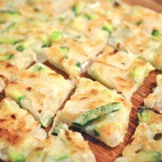 zucchini buchimgae cut into bite size pieces