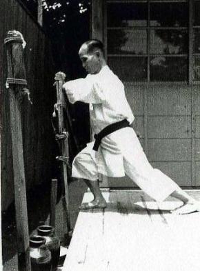 Toyama Kanken Makiwara training
