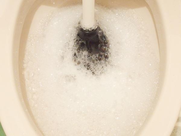 トイレのつまりを直す方法