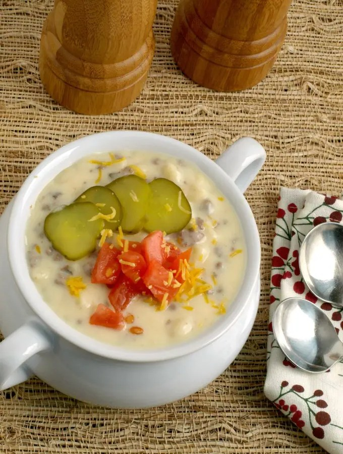 Cheeseburger Macaroni Soup
