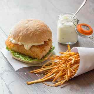 Fish burger with skinny fries and lemon garlic mayo