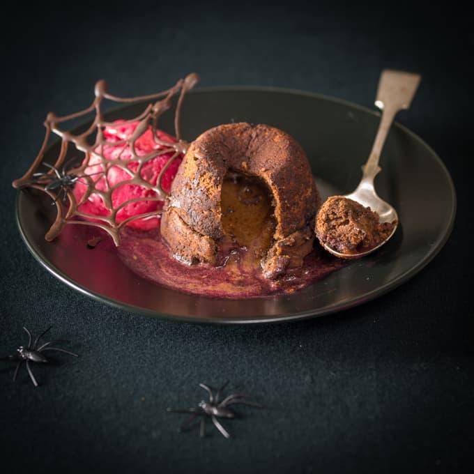 Halloween chocolate cherry fondant - A spooky Halloween treat for us grown ups!