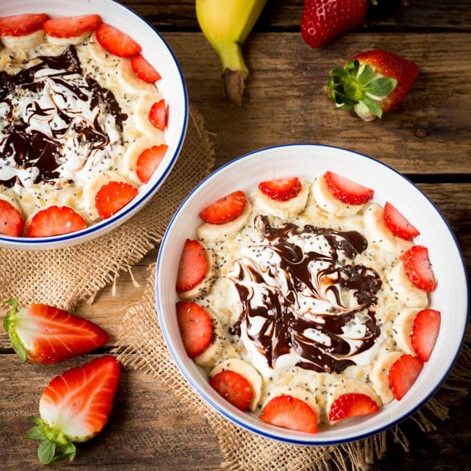 Fully Loaded Oatmeal - Who says my breakfast can't look like dessert!