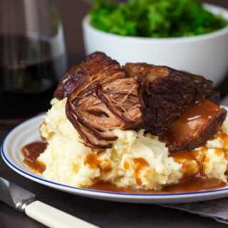 Crockpot Beef Short Ribs with Rich Gravy