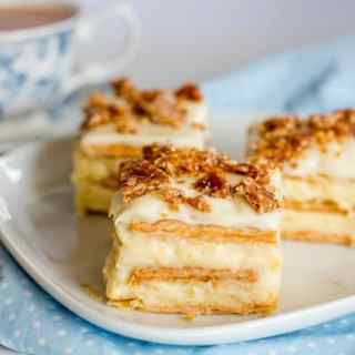 vanilla-slice with hazelnut crunch