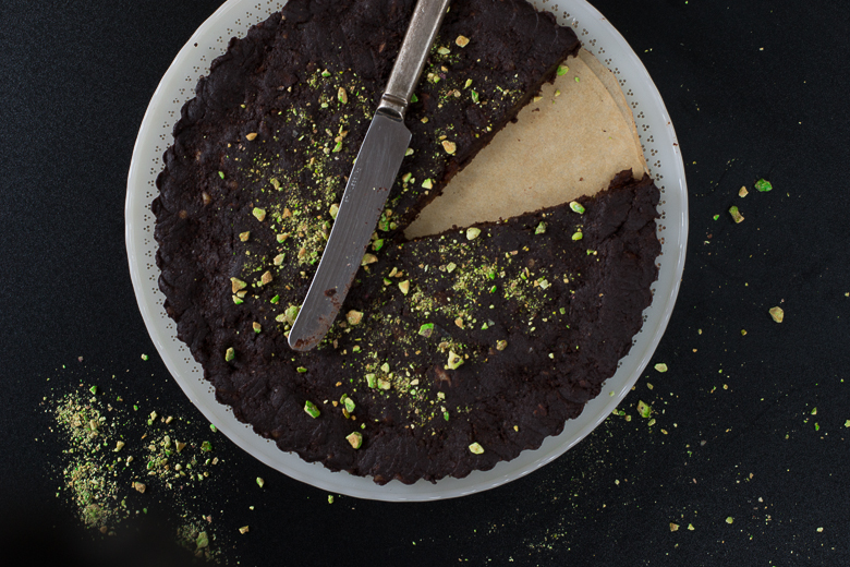 raw chocolate tart 2