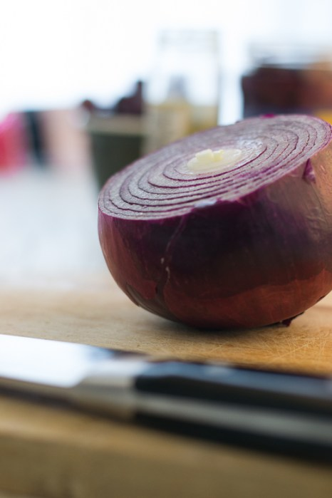cut red onion