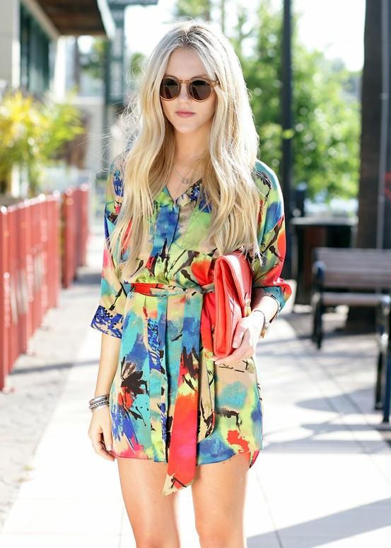 Пляжный стиль одежды 2012 — туника с ярким принтом