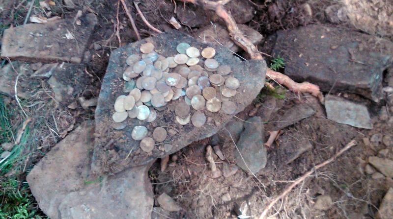 Не большой клад римских динариев :: находки кладов.