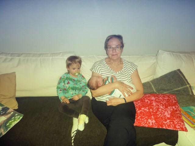 Mummo och hennes barnbarn