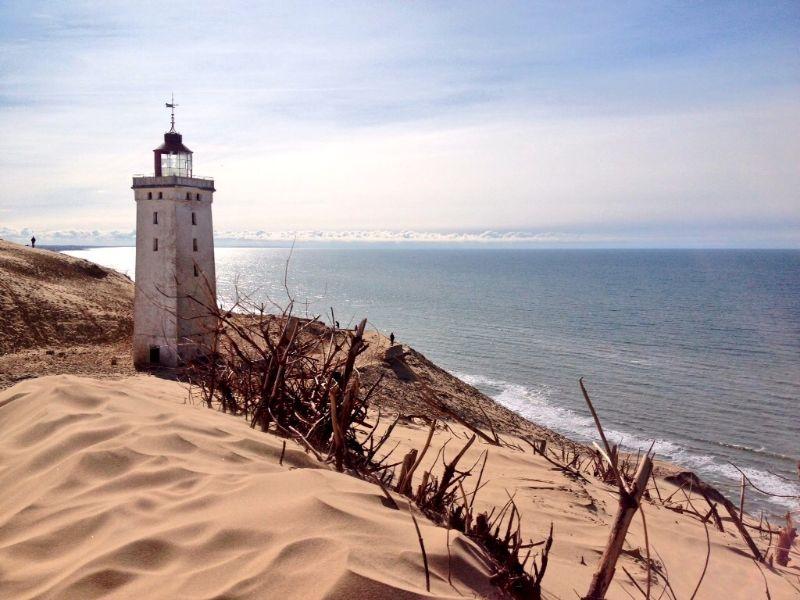 Van de ene kant het water, van de andere kant het zand.